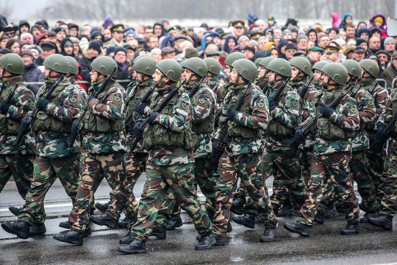 8 nauji pokyčiai 3 prekiaujantys kariai kaip užsidirbti pinigų demonstracinėje sąskaitoje