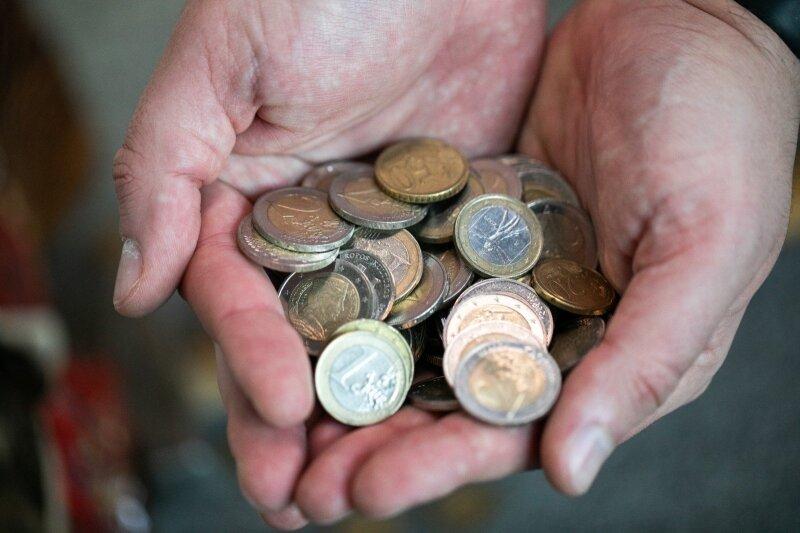 15 paprastų būdų, kaip sutaupyti pinigų