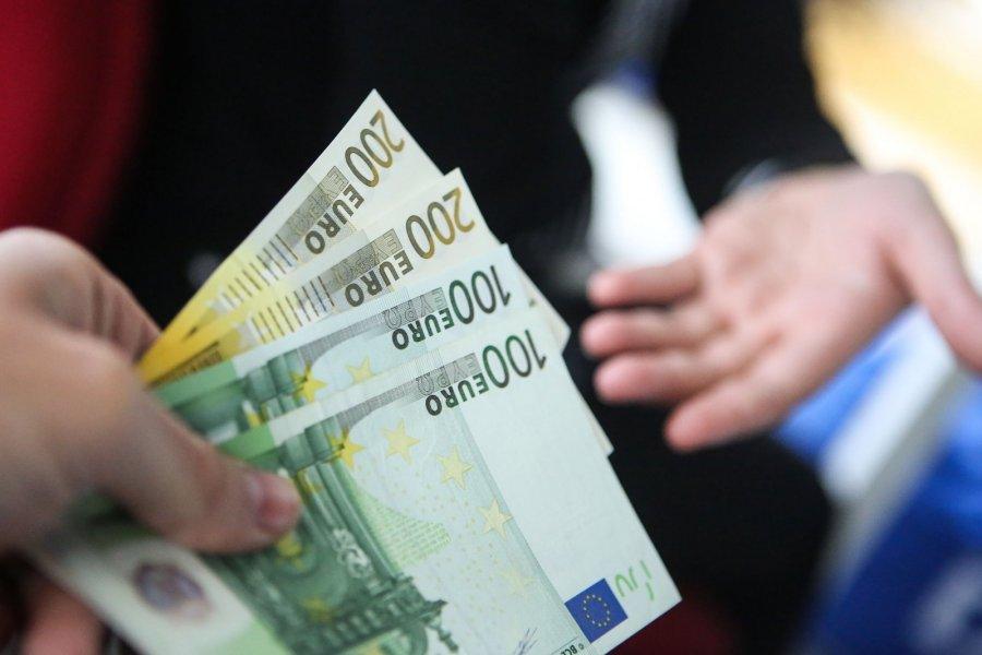 Užsidirbti pinigų iš pervedimų