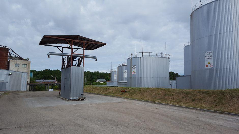 Atskleista prekybos naftos produktais afera