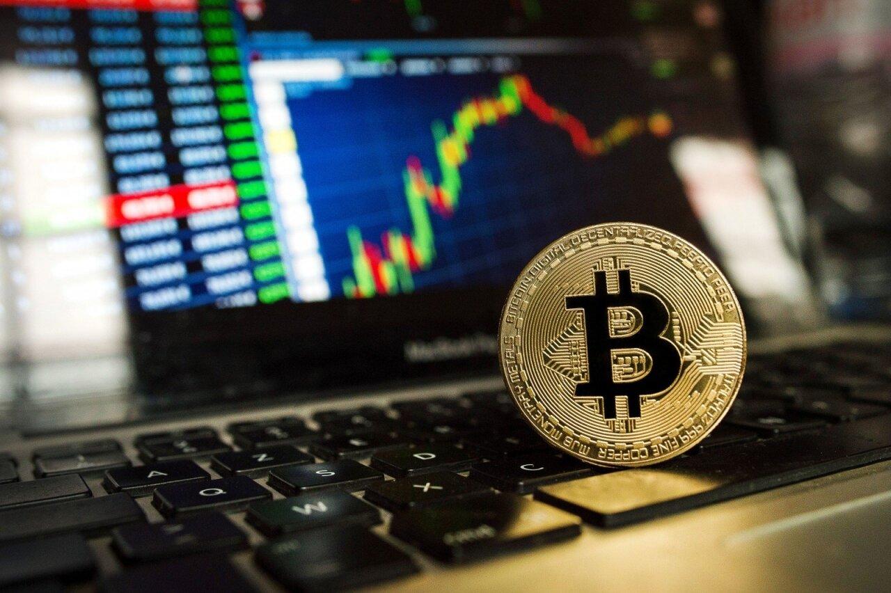 įranga už bitkoinų kainą uždarbis su bitkoinais greitai ir daug