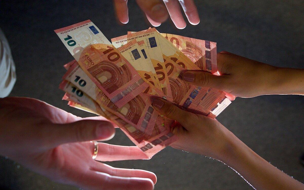 užsidirbti pinigų porą dienų