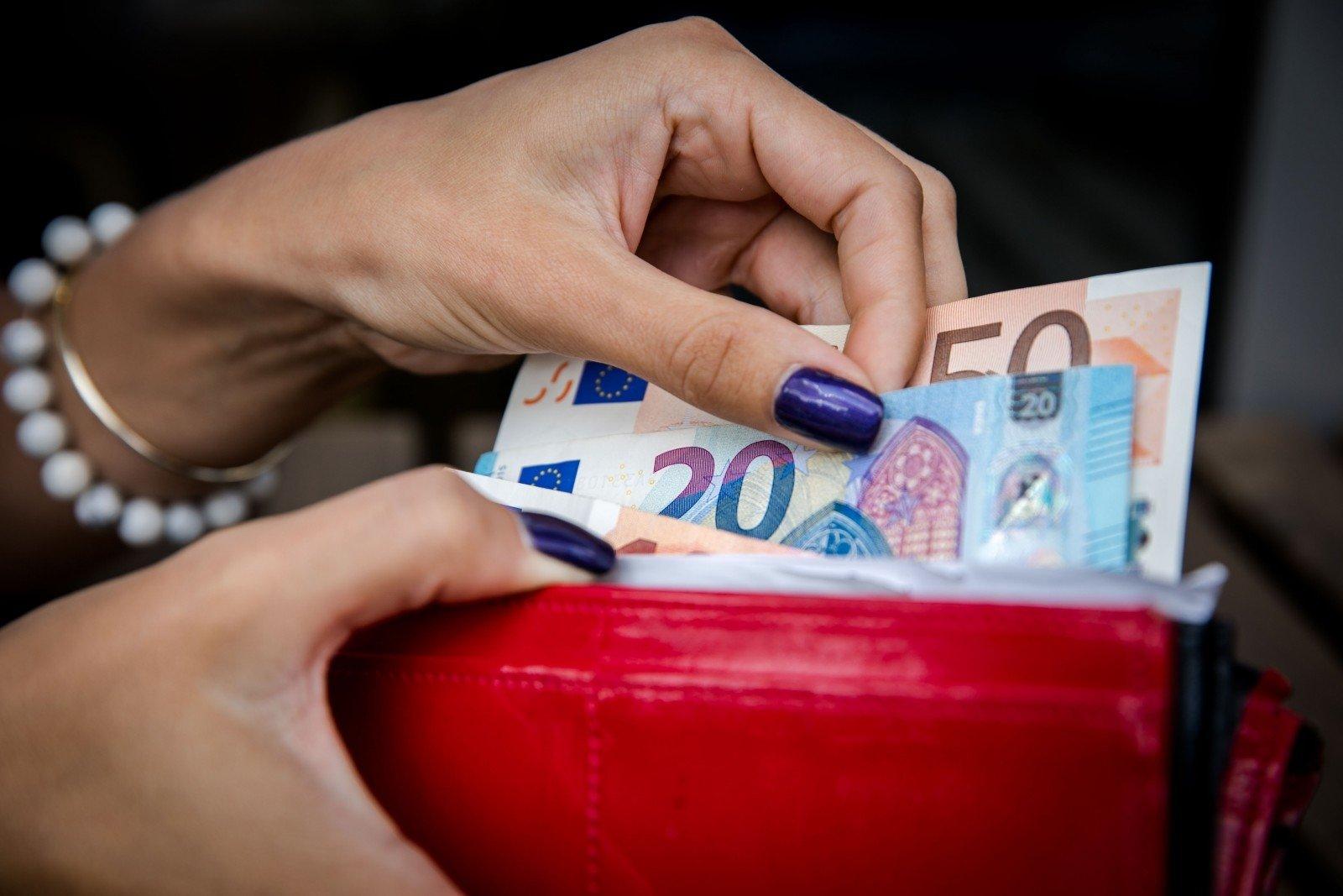Kaip uždirbti didelius pinigus neužkraunant pinigų