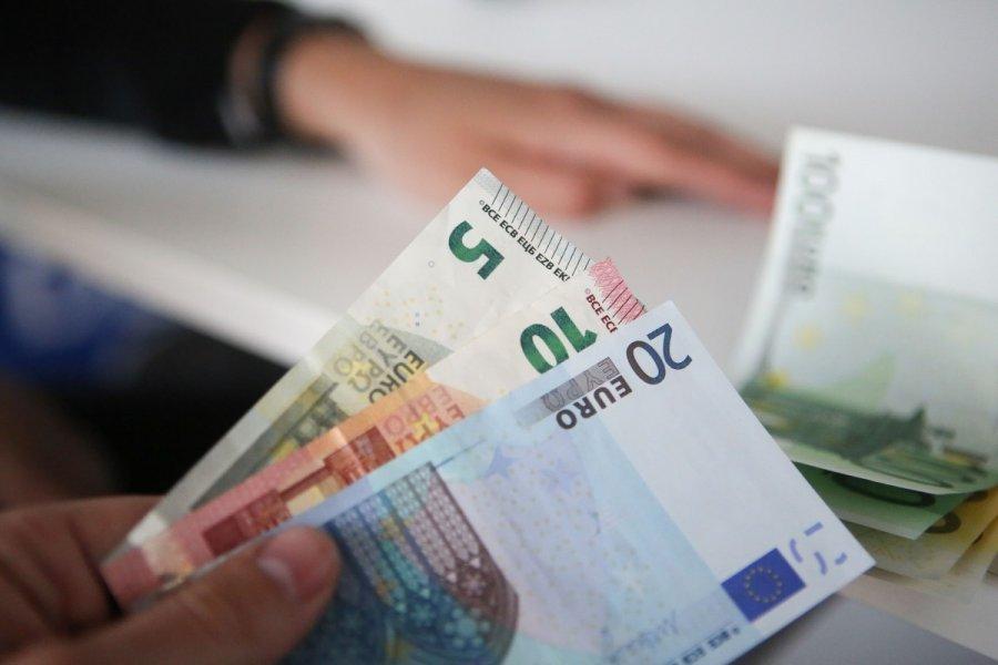 padaryti daug pinigų greitai Lietuvoje minimalus prekybos bitkoinais tūris