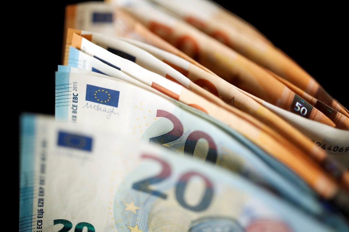 vykdyti prekybą eurais slapti 3 dvejetainiai variantai