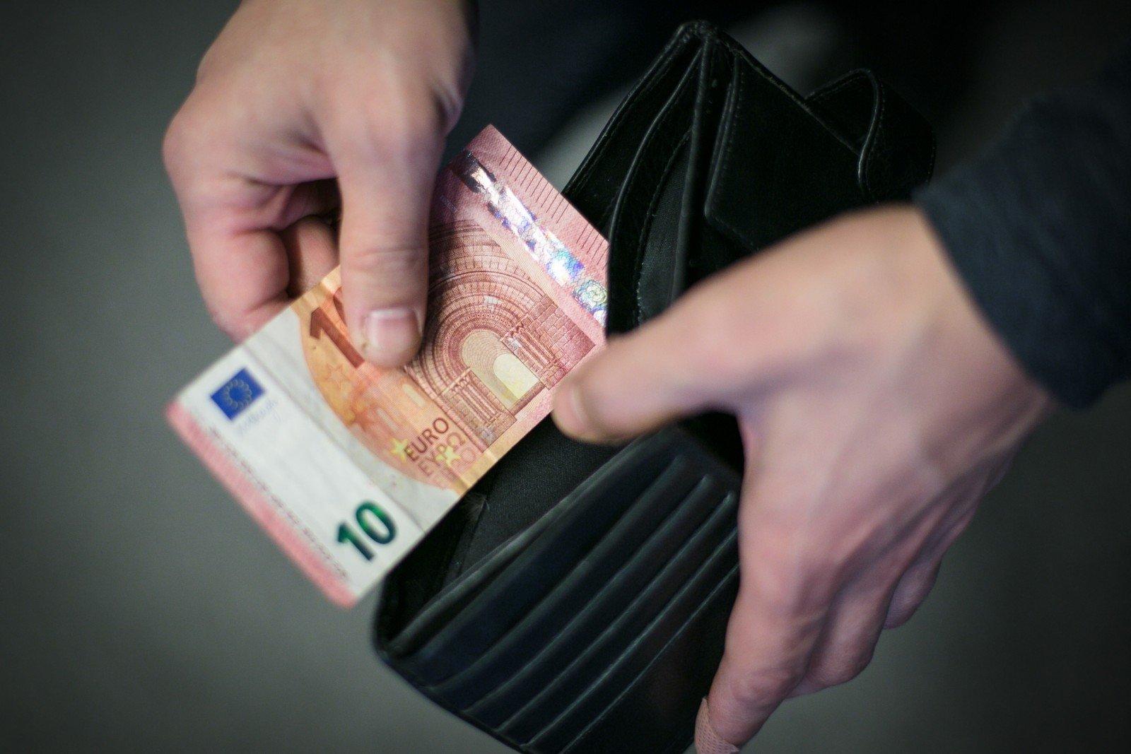 užsidirbti pinigų suvirintojui