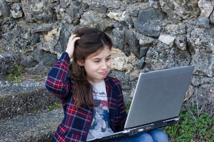 greitas uždarbis be interneto