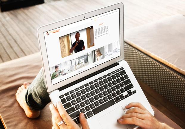 Kaip užsidirbti pinigų internetu? Išmėginti būdai ir patarimai – 2020