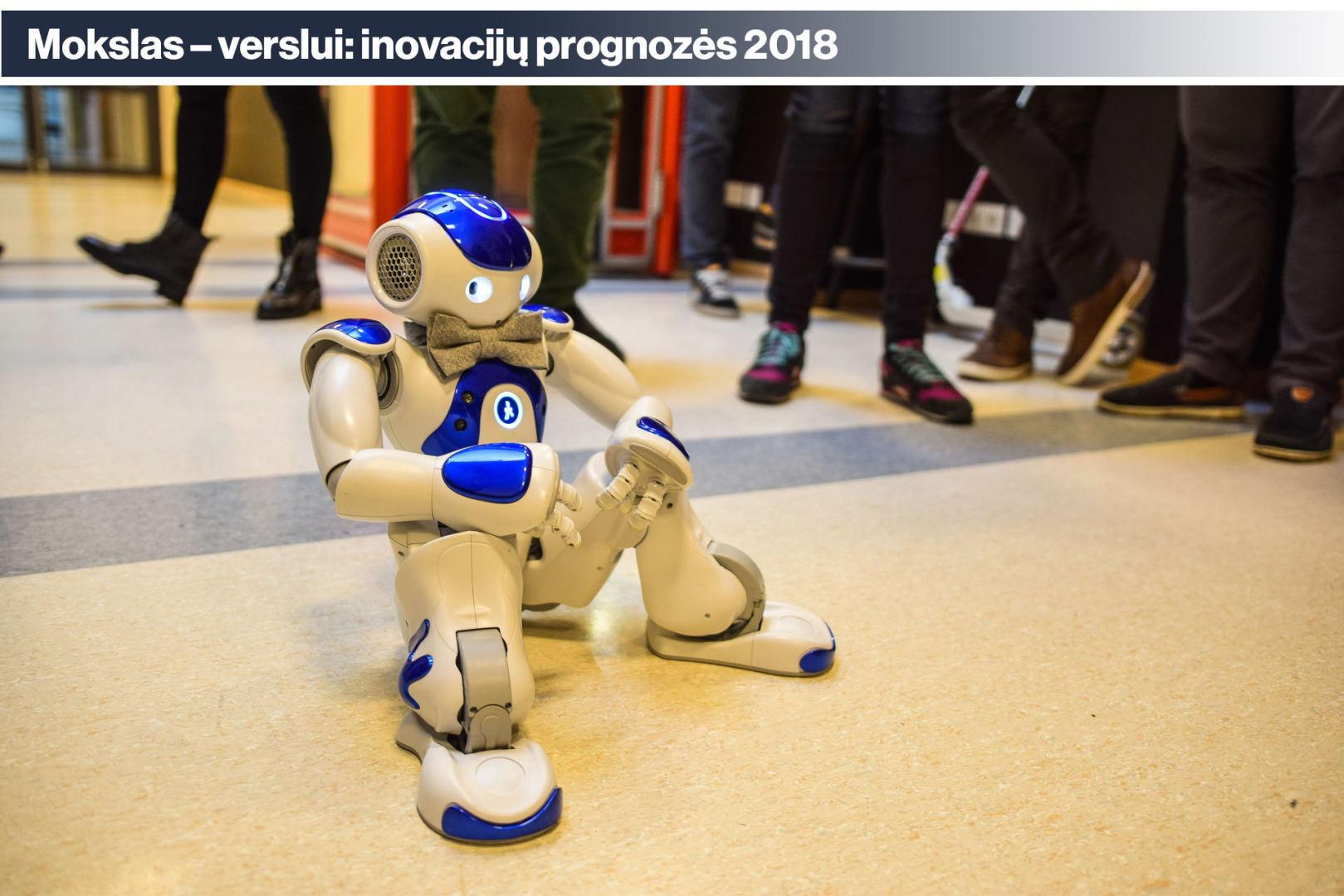 Modernūs dėvimi robotai saugo sveikatą