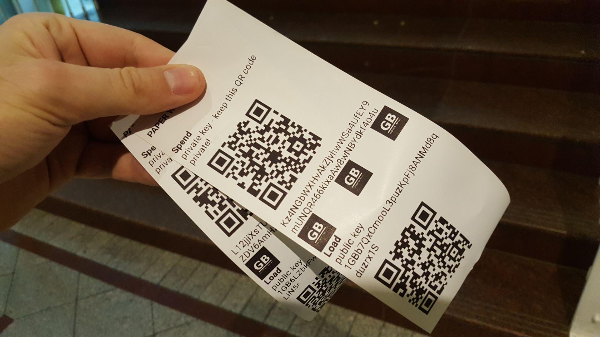 Atsiliepimai apie Bitkoinas, UAB