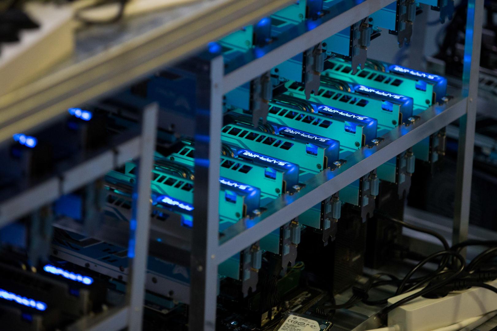 kaip pirkti hidra su bitkoinu vektorinis prekybos robotas